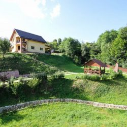 Vila mobilata de vanzare Luncani (4 of 5)